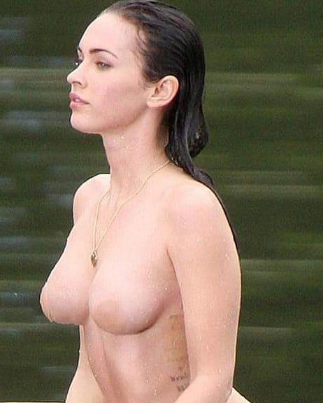 Megan Follows  nackt